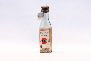 Leggi tutto: Anice Forte / Distilleria: Martini & Rossi