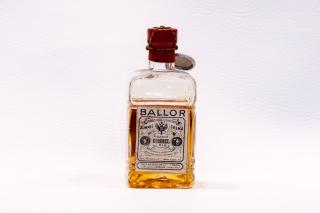 Leggi tutto: Doppio Kummel / Distilleria: Ballor