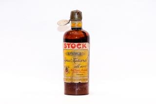 Leggi tutto: Cognac Medicinal all'uovo / Distilleria: Stock