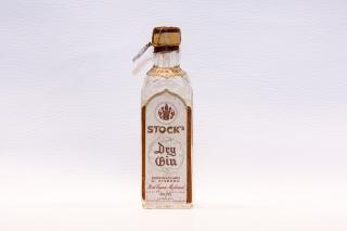Leggi tutto: Dry Gin / Distilleria: Stock