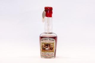 Leggi tutto: Parfait Amour / Distilleria: Schade Buysing